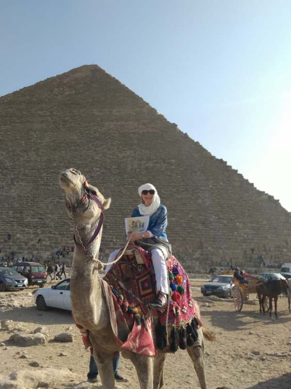Camel and photo